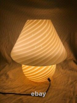 15 Vintage Murano Vetri Italian Glass Mushroom Lamp, Barely Used, Beige/Yellow