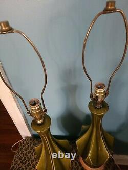 Pair VTG Mid Century Modern Green Ceramic Glaze Table Lamps Art Deco Sculptural
