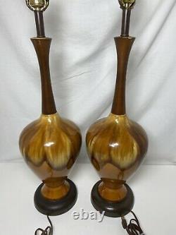 Pair of Vintage Mid Century Modern Ceramic Drip Lava Glaze Table Lamps