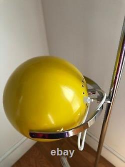 Reggiani vintage floor lamp Italy 1970s great condition globes