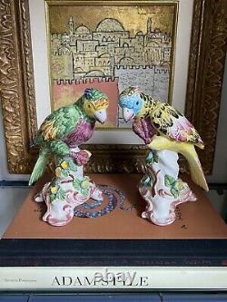 Chinoiserie Chelsea House Céramique Porcelaine Parrot Bird Paire Italie Peinte À La Main