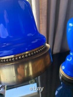 Grande Paire De Lampes De Table Marbro MID Century Modern Blue Français Opaline Glass