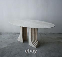 Italian Travertine Double Pedestal Dining Table Par Carlo Scarpa