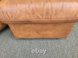 MCM Italian Leather Club Lounge Chaise Avec Ottoman Par Soft Line Leather