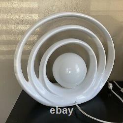 Paire Superbe Milieu Du Siècle Moderne Op Art Céramique Arc Table Accent Lampes